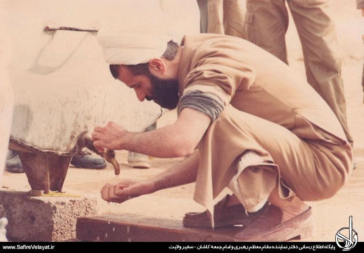 تصاویر حضرت آیت الله نمازی، در هشت سال دفاع مقدس