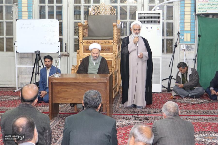 دیدار فعالان فرهنگی مذهبی مساجد شهرستان کاشان با نماینده مقام معظم رهبری و امام جمعه کاشان