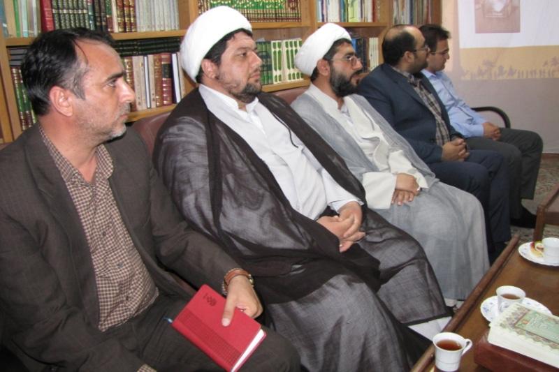 دیدار اعضای موکب سلطانعلی ابن امام محمد باقر(ع) در اربعین حسینی با نماینده مقام معظم رهبری
