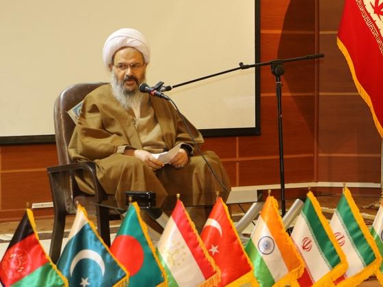 شعر با محتوای ارزشی و اخلاقی جهاد علمی محسوب میشود