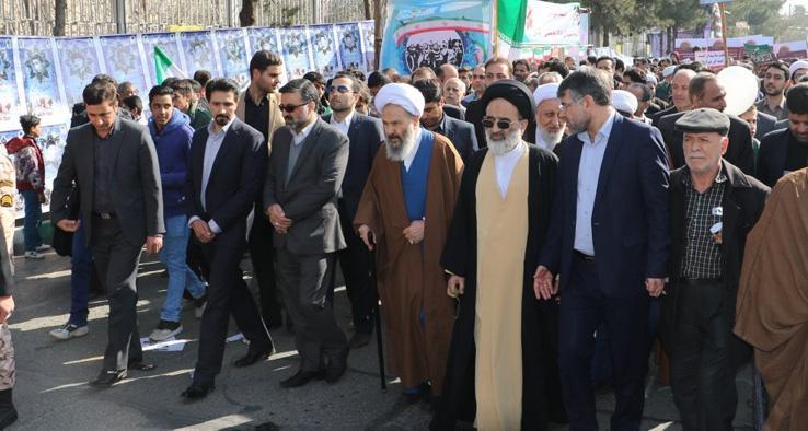 حماسه باشکوه مردم کاشان در راهپیمایی عظیم یوم الله ۲۲ بهمن