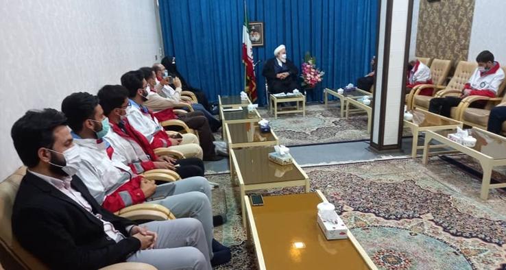 دیدار رئیس و پرنسل جمعیت هلال احمر شهرستان کاشان با آیت الله سلیمانی