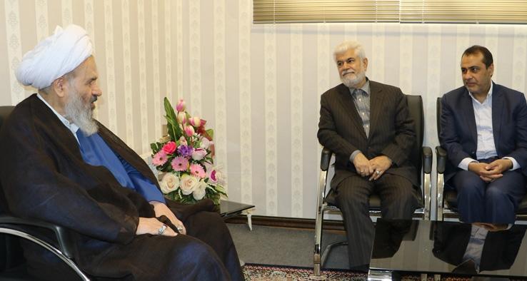 دیدار دبیرکل مجمع خیران سلامت کشور با نماینده ولی فقیه و امام جمعه کاشان