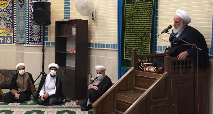 حضور در جمع نمازگزاران مسجد ولی عصر(عج) خیابان نطنز کاشان