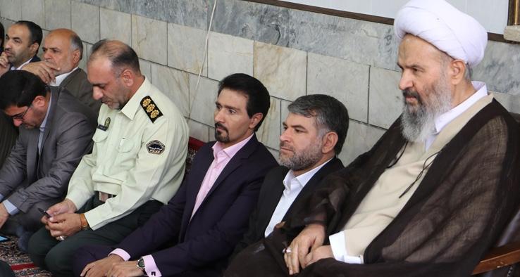 دیدار نوروزی مدیران و مسئولین شهرستان کاشان با نماینده ولی فقیه و امام جمعه کاشان