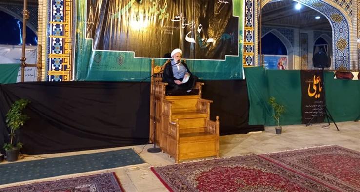 اولین شب مراسم لیالی قدر در آستان مقدس سلطان علی بن باقر(ع) مشهد اردهال کاشان